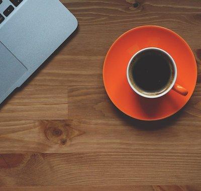 Comment un bureau sur-mesure aidera à améliorer votre productivité