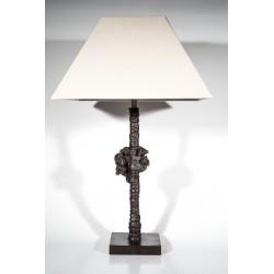 Lampe de table en bronze. Modèle famille de singes dans un arbre